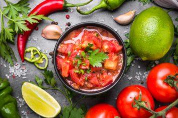 סלסת עגבניות פיקנטית