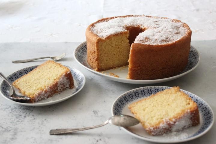 בסבוסה: עוגת סולת בסירופ סוכר