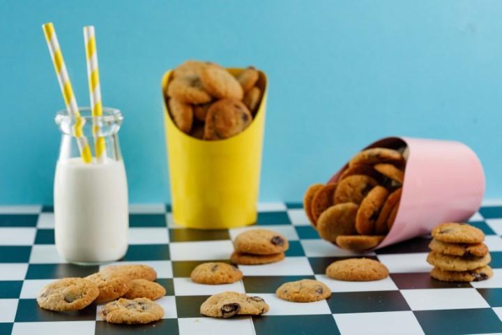 עוגיות שוקולד צ'יפס קריספיות קרין גורן (צילום: שניר גואטה)