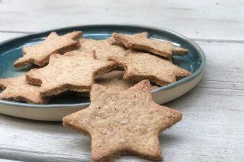 עוגיות ג'ינג'ר מקמח כוסמין שיגרמו לכם להרגיש באירופה המושלגת