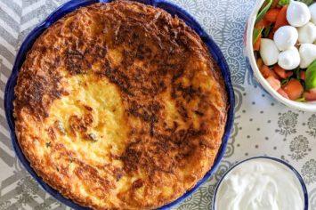 הפריטטה של אסי רוז: תפוחי אדמה, ביצה וגבינה מלוחה. טעים!