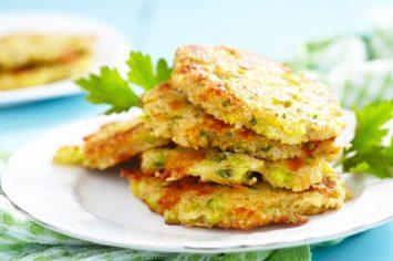 ארוחת צהריים או ערב מושלמת ומהירה – קציצות קינואה אפויות, אלא מה?!