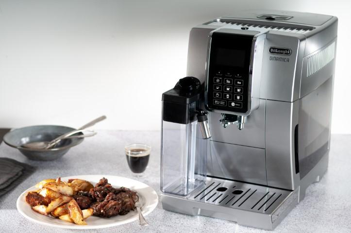 כבדי עוף עם בצל מקורמל ברוטב קפה