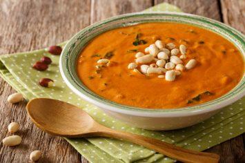 מרק בוטנים אפריקאי - מרק מופלא ומחזק בטעם של... במבה!