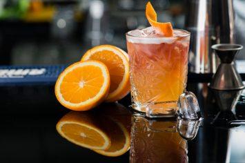 קוקטייל אוזו תפוזים ודבש