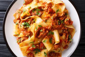הכי פשוט והכי טעים – פסטה ברוטב ראגו קלאסי