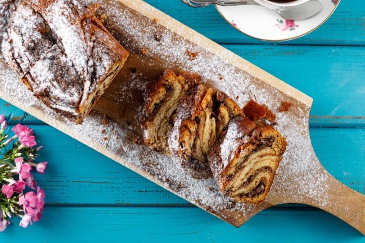 עוגת שמרים של קרין גורן. צילום: שניר גוואטה