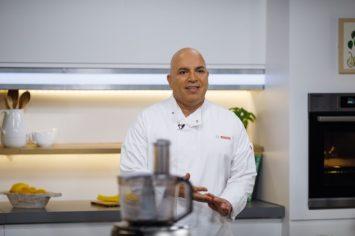 טכניקות האפייה של מיקי שמו: איך מכינים בצק פריך ללא גלוטן ומושלם?
