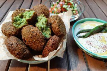פלאפל – אוכל הרחוב הכי ישראלי שיש בהכנה ביתית!