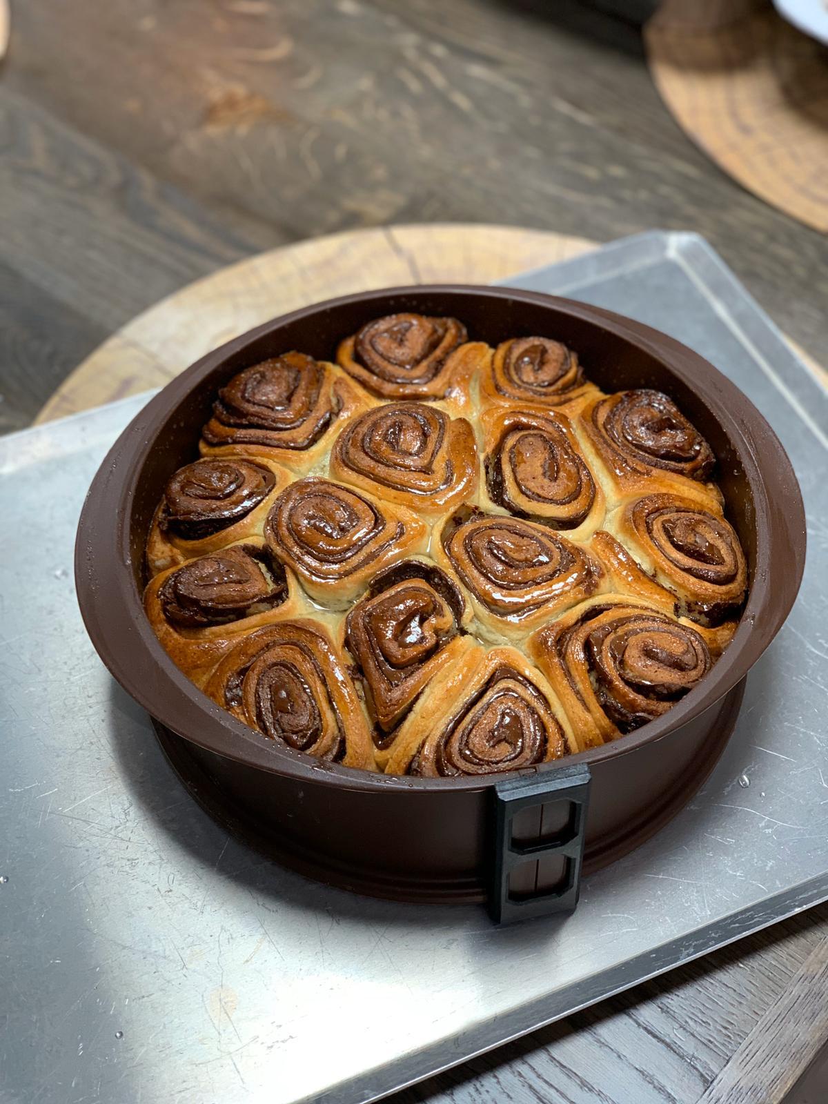 עוגת שמרים. צילום: תומר אומנסקי