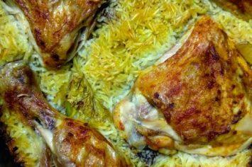 ארוחה בתבנית אחת! תבשיל עוף ואורז בקלי קלות