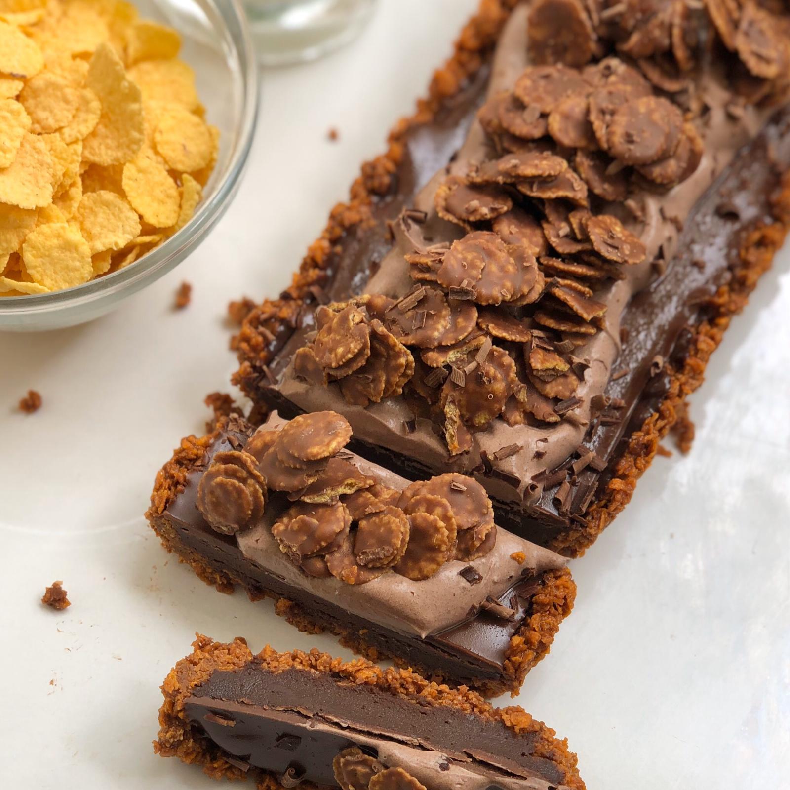 טארט קורנפלקס-שוקולד. צילום: עדי קלינגהופר