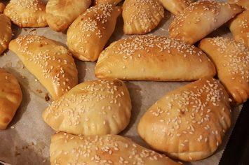 סמבוסק הגבינות הכי טעים בעולם שאין שבועות בלעדיו