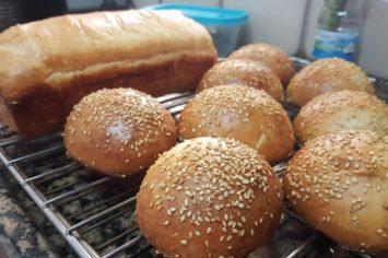 בצק שמרים שמתאים גם ללחמניות, גם לפרעצל וגם לכיכר לחם אוורירית במיוחד!