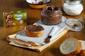 לדעת מה מורחים על הלחם: ממרח שוקולד תוצרת בית