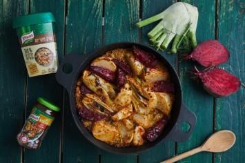 פילאף קינואה צמחוני עם ירקות שורש ורוטב שום ודבש בתבנית אחת!