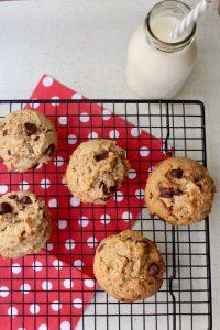 אופים את העוגיות כ-10 דקות. צילום: הילה סער