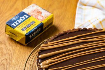 פרווה זו לא מילה גסה: טארט שוקולד וחמאת בוטנים חלומי
