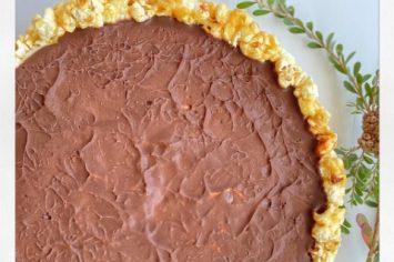 יהודה עמר מגשים חלומות: עוגת פופקורן ומוס שוקולד חלב ולבן!