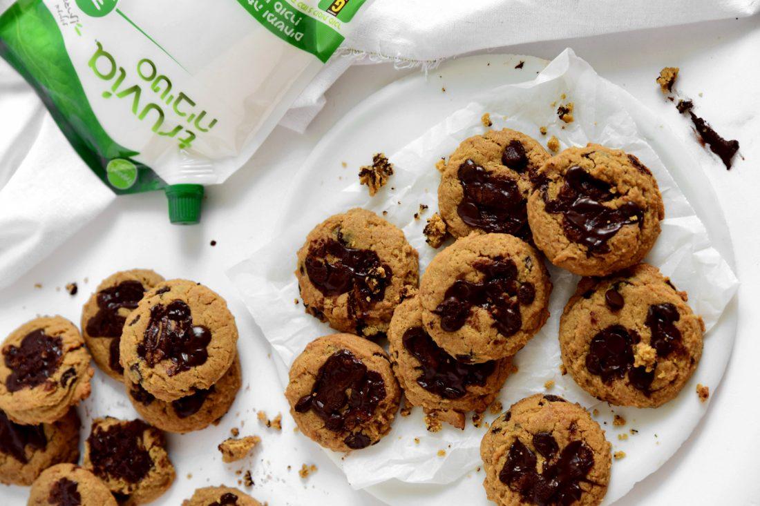 עוגיות שוקולד צ'יפס וחמאת בוטנים. צילום: שרית נובק