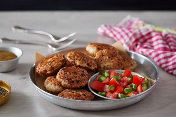 אוכל של בית בלי להתאמץ: קציצות עוף קלאסיות