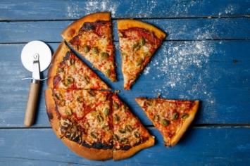 פיצה בבית! אושר!