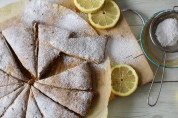 איך גורמים לילדים לאכול דלורית? סקונס לימון ודלורית מתוק!