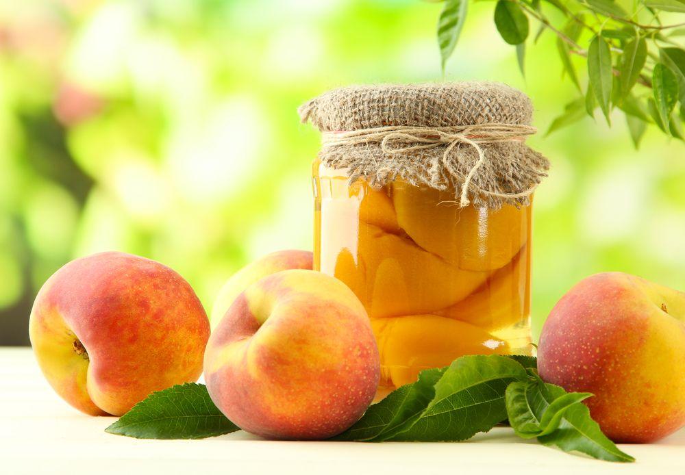 אפרסקים משומרים