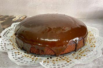 עוגת שוקולד פרווה עסיסית לקראת שבת