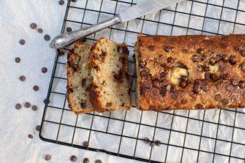 שוברים צום בבריאות: עוגת בננות, שוקולד וקוקוס מקמח כוסמין מלא