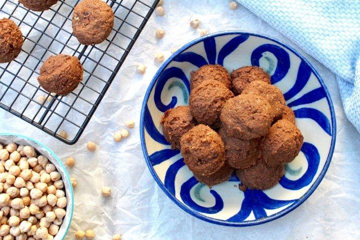 עוגיות שוקולד חומוס. צילום: הילה סער
