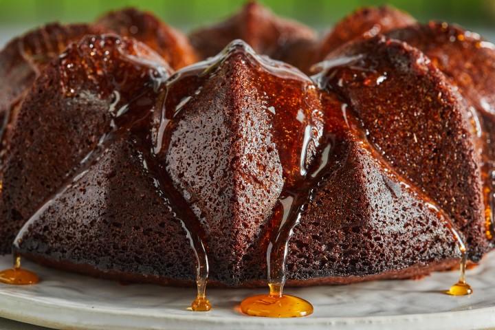 עוגת דבש קלאסית. צילום: שניר גואטה