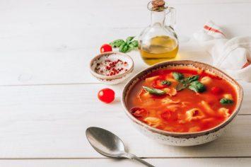 מרק עגבניות מהיר עם טורטליני