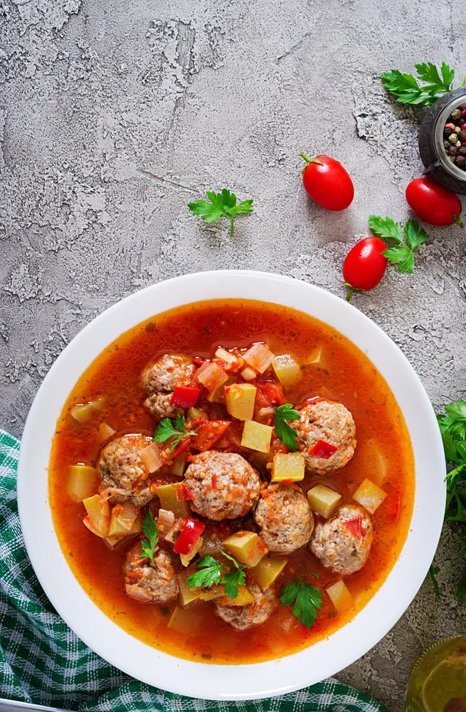 מרק אלבונדיגס - מרק כדורי בשר ירושלמי ספרדי