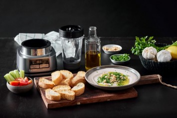 סקורדליה – ממרח אגוזים ושום יווני
