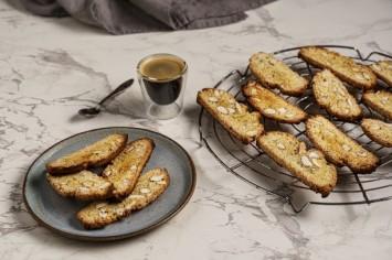 ביסקוטי שקדים עוגיות איטלקיות קריספיות נהדרות