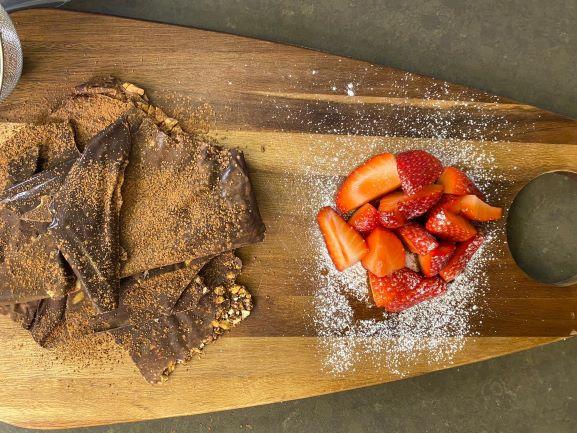 חטיפי שוקולד עם בייגלה ובוטנים