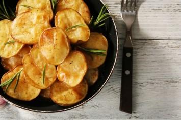 שומעים את הביס עד לכאן: תפוחי אדמה אקסטרה קריספיים בתנור!