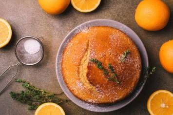 עוגת תפוזים וקוקוס בחושה פשוטה וטעימה