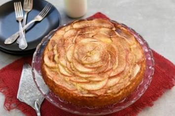 עוגת תפוחים מעלפת בקלי קלות!