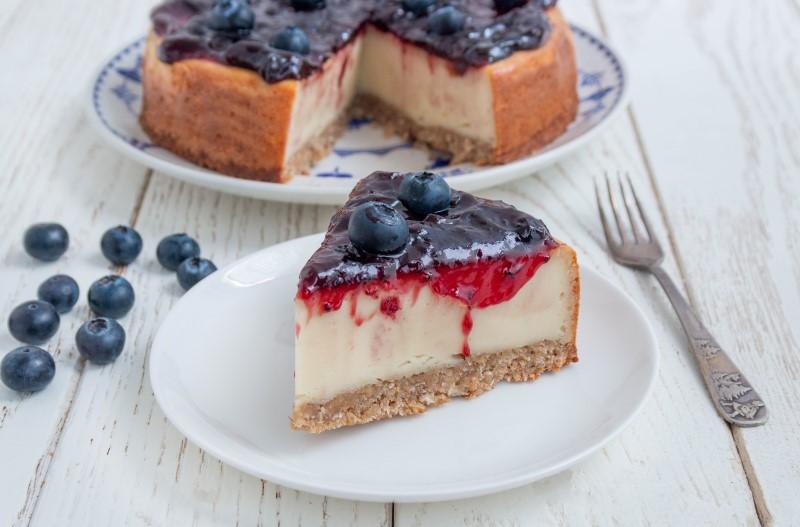 עוגה טבעונית עם אוכמניות 1