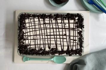 פינוק טבעוני: עוגת אוראו וקוקוס של רון יוחננוב