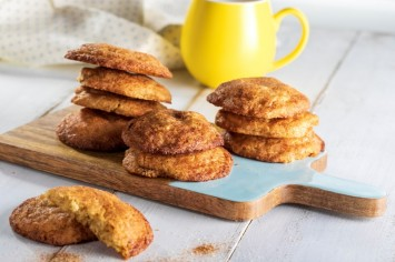 סניקרדודלס: עוגיות חמאה וקינמון אמריקאיות