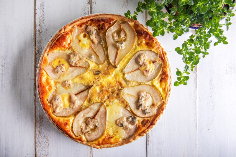 קיש גבינה ואגסים 1