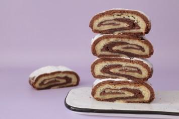 עוגיות מגולגלות חום לבן במילוי נוטלה וקינדר – יש יותר אושר מזה?