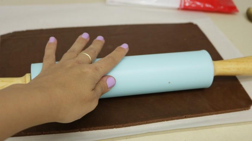 עוגיות מגולגלות חום לבן 4