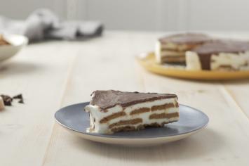 עוגת דובוש לוטוס: עוגת ביסקוויטים מפתיעה