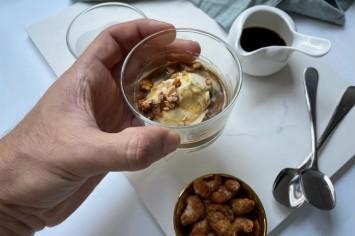 רון יוחננוב מגיש: גלידה וניל אפוגטו כמו במסעדה