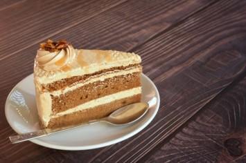 עוגת טוויקס מפנקת ללא אפייה!