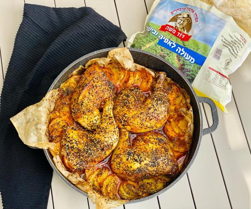 עוף ותפוחי אדמה צלויים בתנור1